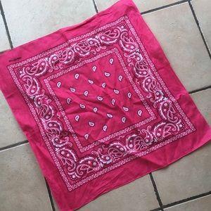 Accessories - NWOT pink Bandana